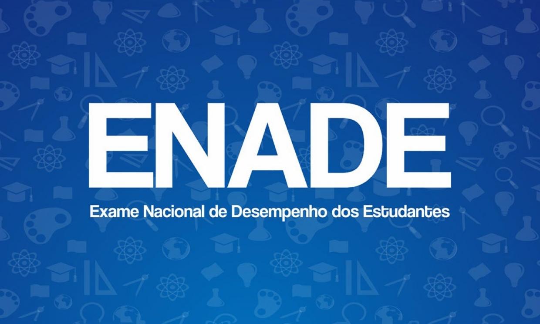 Estudantes de EAD participam de projeto com foco no ENADE