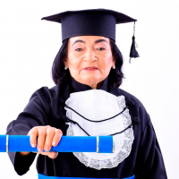 Aos 76 anos, mãe de 11 filhos realiza o sonho de se graduar em pedagogia pelo UNINTA EaD