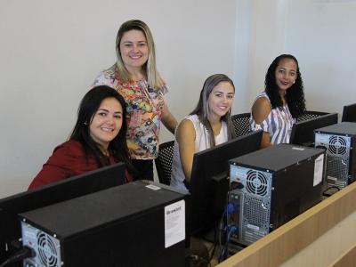 Estudantes UNINTA EaD realizam avaliação da CPA